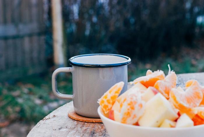 お部屋で温かいコーヒー、紅茶、などを飲んでいる時。あっという間に冷めてしまったりしませんか?  山用マグカップは保温性に優れているために、長い時間温かい状態で飲み物を楽しむことができるのです! それでは、有名どころの山用マグカップをいくつかご紹介させて頂きます。
