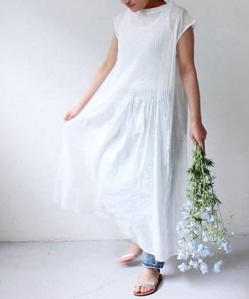 いかがでしたか?マキシ丈スカートやワンピは着回しもきいて、夏にピッタリのアイテムです。この記事を参考にぜひお気に入りの一枚を見つけてトライしてみて下さいね。
