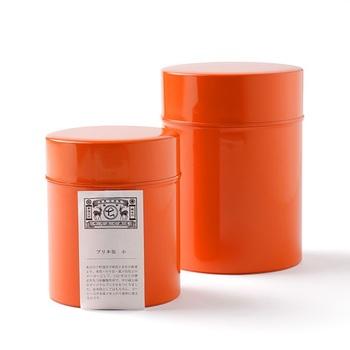 そんな中川政七商店のコーヒー缶は、110年以上の歴心を持つ加藤製作所とのコラボ商品。