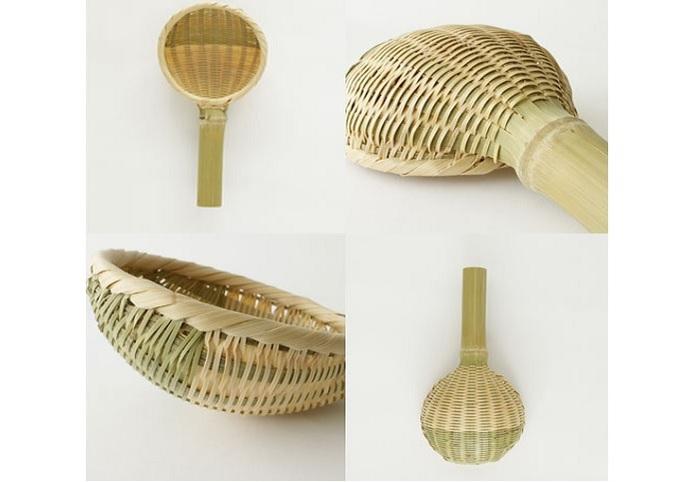 熱と水に強い竹は、古くから、調理器具や食器として、広くアジアで使われてきました。画像は松野屋の商品。細かく割いた真竹を編み込み、柄にも竹を用いています。