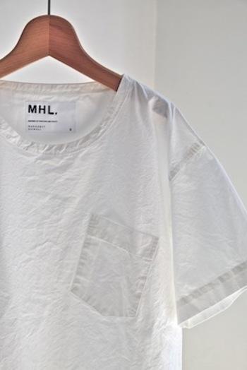 夏に欲しい白いTシャツ。色々なパターンで様々な物が出ていますね。この夏にぜひお気に入りの1着を探してみてはいかがでしょうか。