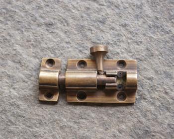 真鍮のカンヌキ金具・・・インテリアの建具や小物入れなどに使うとレトロ感な雰囲気に。