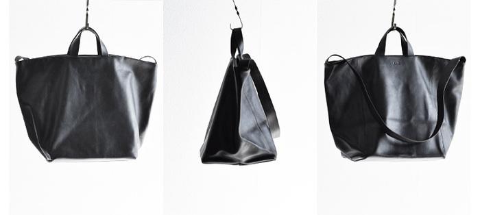 ブランドの定番モデルのトートバッグは、ショルダーとしても使える万能タイプ。とてもキメの細かい上質な仔牛の革を使用しているのでしっとりと柔らかい質感。モノをたくさん入れてもキレイなシルエットを保ってくれます。
