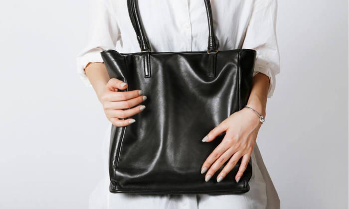 """""""一生使える、シンプルで使い勝手のいい本革のバッグ""""探しをお手伝いいたします。 ぜひあなただけのお気に入りを見つけてみませんか?"""