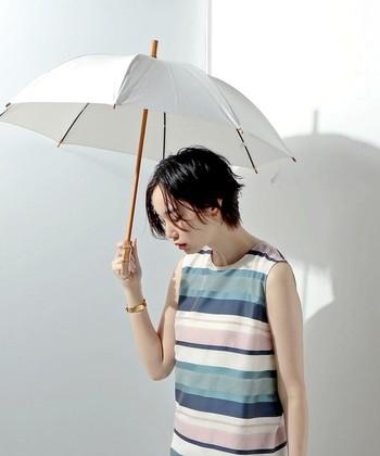 暑い季節に気になるのが、日焼けや熱中症。そんな悩みに頼りになるアイテムが日傘です。その中でも今回は、毎日持ちたいお洒落なデザインの日傘を展開するブランドをご紹介します。