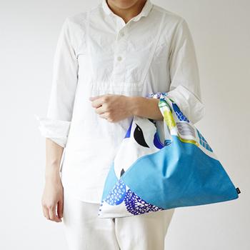 直線縫いだけでできる「あずま袋」は、ハギレでパッチワーク風に作っても素敵ですね。