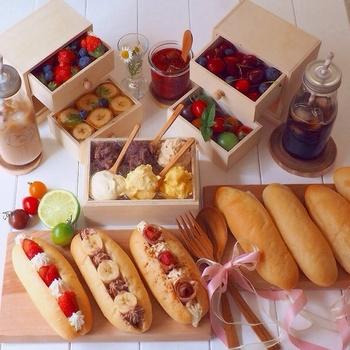 せっかく手作りのコッペパンを焼いたら、お友達を招いてコッペパンオープンサンドパーティーはいかがでしょうか。