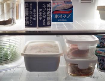 食べ切れなかった分は野田琺瑯の容器ごと冷蔵庫で保存。作った後そのまま保存できるのが便利ですね。