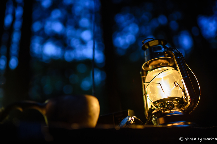 キャンプの基本のいろはをご紹介しました。いかがでしたか? 思い立ったが吉日、近場で充分なのでキャンプに出かけましょう!普段見慣れない景色や非日常体験、夜の静けさ…。自然はたくさんのことを教えてくれます。 大事な人達と過ごす自然の中のゆっくりとした時間と思い出はいつまでも心に残る大事な思い出になりますよ☆