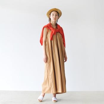 7分袖でシンプルな形なので、どんな夏ファッションにも合わせやすいのも◎バッグに入れておけば、サッと羽織ることができるので夏の冷房対策にもばっちりです。