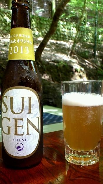 貴船の水で作られた、右源太オリジナルのクラフトビール「SUIGEN」。鮎の塩焼きとの相性が特にいいんだそう。