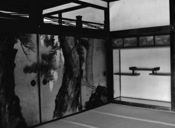 空間を美しく仕切るアート。心ときめく『 FUSUMA (襖)』の世界