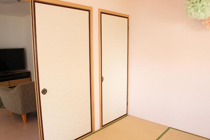 押入れも、気づいたらパンクしそうになっている場所。  ただ、大きさによっては無駄にスペースが余ってしまったり……と、空間の使い方が難しい収納場所ですよね。