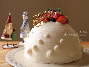 一つ覚えれば、季節事のお祝いシーンにも大活躍!週末はドームケーキ作りに挑戦してみませんか?