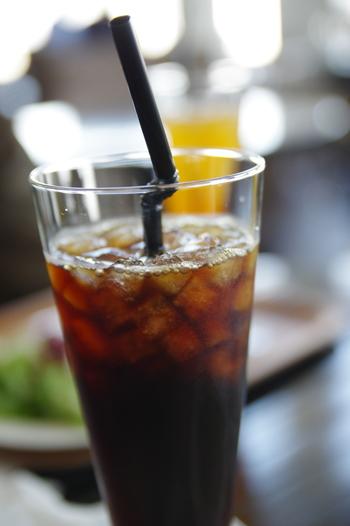 毎日の楽しみ、コーヒータイム。今回はアイスコーヒーが好きな方に向けて、全国有名店の美味しい「アイスコーヒー」をご紹介します。  どのお店も、お取り寄せや通販で購入できるので、お近くに店舗がなくても、おうちで贅沢に楽しんでみませんか?