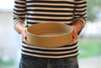 大き目のボウルはサラダボウルやカレー皿にもぴったりです。