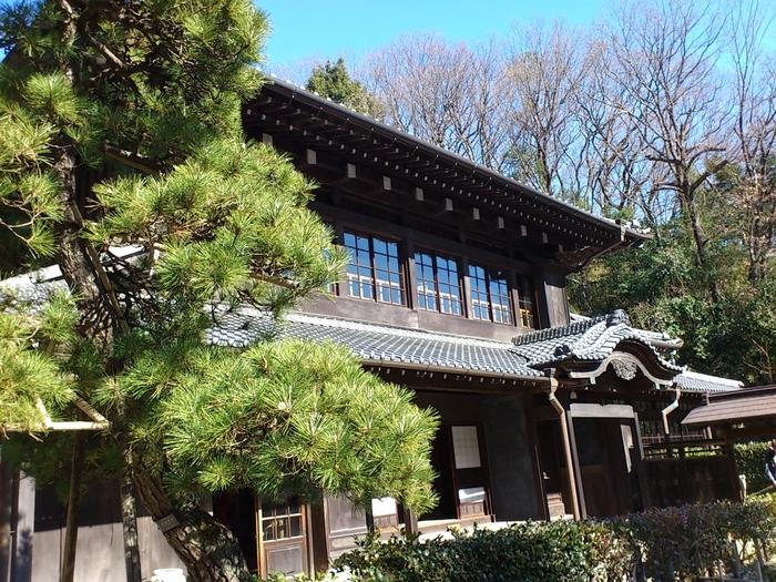 川崎市重要歴史記念物である原家住宅は、建築に22年もの歳月を要したという、川崎市中原区小杉陣屋町に所在した大地主の主屋です。