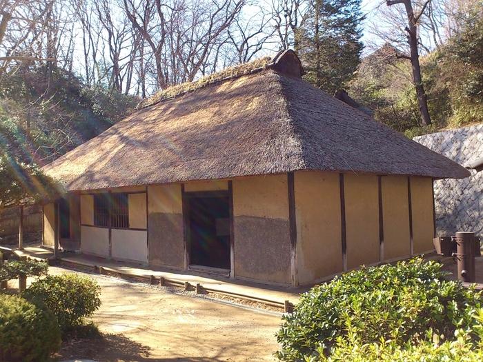 神奈川県指定重要文化財である清宮家住宅は、神奈川県川崎市多摩区登戸にあった農家。