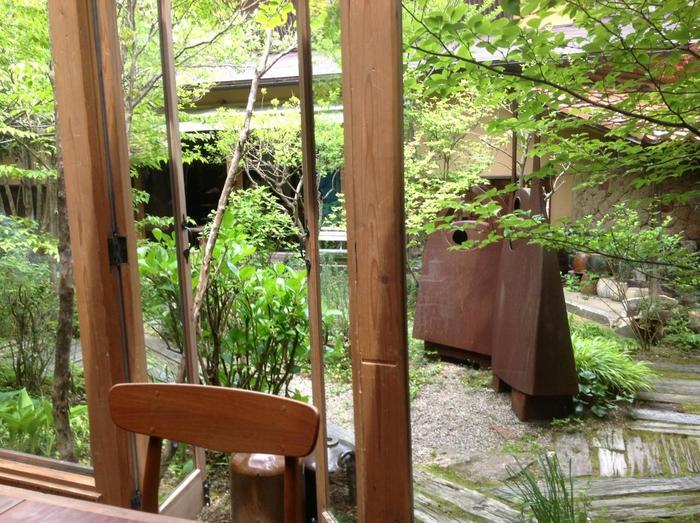【群言堂】本店内にあるカフェ 住所:島根県大田市大森町ハ183