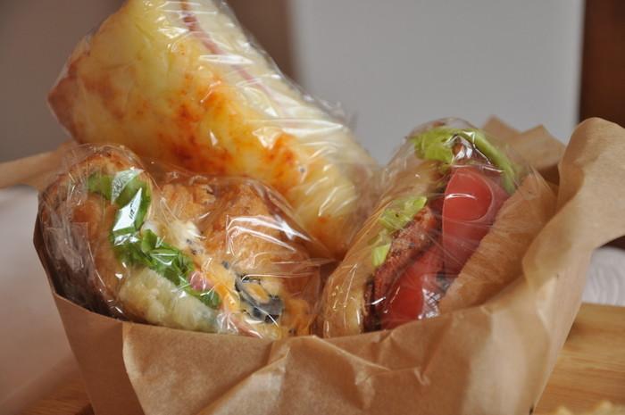 大人気の「サンドランチBOX」は3つのサンドイッチがついて、なんと540円。サンドイッチの種類は選ぶことができるのも嬉しいですね。具だくさんのサンドイッチは一人で食べても、シェアしても◎