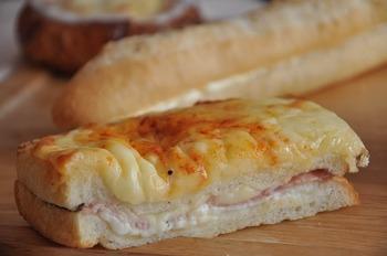 とろ~りチーズが美味しそうなクロックムッシュも美味しそう!