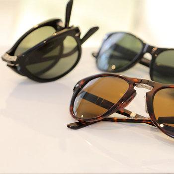 ヴィンテージな雰囲気の「Persol(ペルソール)」のサングラス。シンプルなデザインで、計算された細かなこだわりがオシャレで大人っぽく使っていただけるサングラスです。