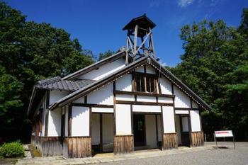 明治12年頃、長崎湾の伊王島に建てられた教会堂。