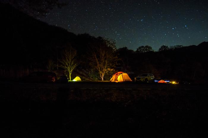 昼は水辺でたっぷりと遊び、夜は満点の星空を眺めながらキャンプ♪なんていうのも素敵な過ごし方ですね。家族や友人など大切な人と静かにゆったりと語り合うのもおすすめです。