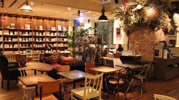 ブルックリンスタイルのブックカフェ。