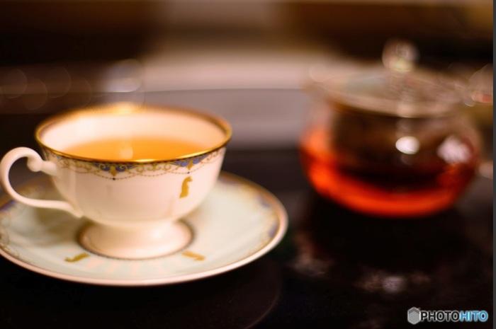 """ワーキングマザーにとって、独りでお茶する時間はとても貴重。""""ゆる家事""""で大切な自分時間を創出したい。"""