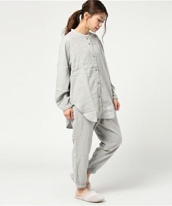 独特なフォルムが印象的なリビングウェアブランド「Villon'd(ヴィヨン)」のパジャマ。ガーゼ素材なので、とっても柔らかな着心地。