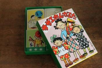 日本でもっとも愛されている家族といっても過言ではない磯野家。おばあちゃんから孫までみんなが知っている国民的キャラクターのカルタ、ぜひ手に入れておきたいですね。