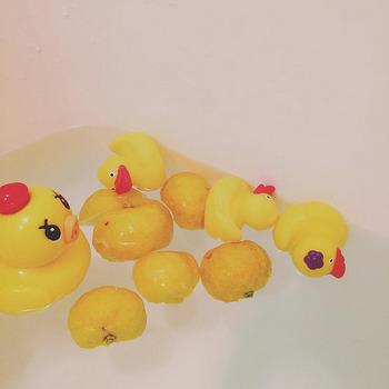 ぜいたくなひとり「ゆず湯」も。ゆずのさわやかな香りに癒されながらゆっくり入浴すると、日ごろのストレスが解消されそうです。