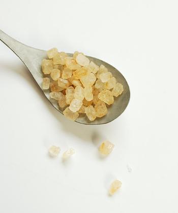 お茶のおともではなく、お風呂のおともにお使いください。甘酸っぱいザクロの香りがバスルームに広がります。