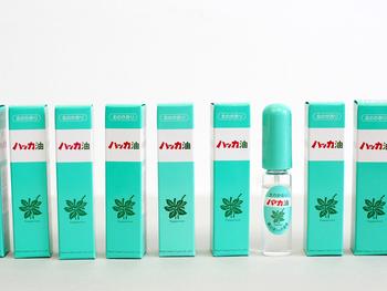 レトロでかわいいパッケージで大人気の「北見ハッカ油」。実は30年以上も前からある北海道北見市の名産品です。地元でも人気のお土産として愛されてきました。