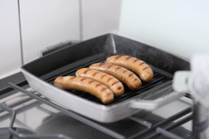 溝の太さと縁の深さがちょうどよく、いろいろな食材を上手に焼き上げてくれます。