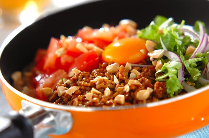 ビビンバも玄米で!ビビンバやチャーハン、丼などご飯もののメニューは、白米ではなく玄米を使うのもとても美味。パサつきが気になるという方も、おかず系と合わせることでしっとりとした食べ心地になりますのでおすすめです。