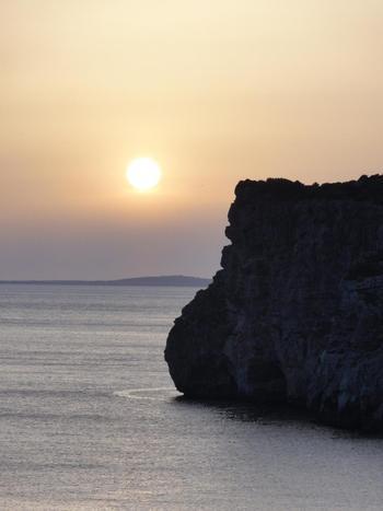美しい夕日を見られるのが魅力。 こんなに美しい景色を見ていたら、悩みなんてどこかにいっちゃいます。