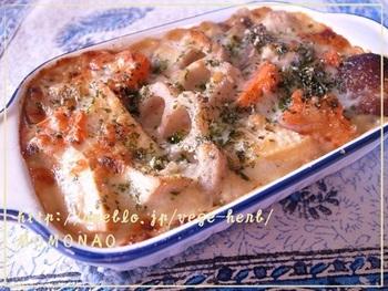 上記でドリアのレシピをご紹介しましたが、こちらはグラタンになります。筑前煮の味に飽きたらぜひ試してみてくださいね!