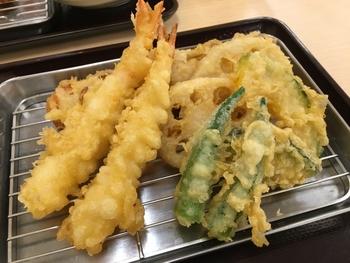 基本を守れば、サクッとおいしく揚がる天ぷら。ぜひ一度、忠実にポイントを守りながら揚げてみてください。苦手意識はきっとなくなります。