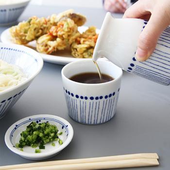 夏は、つめたい素麺やお蕎麦と一緒に、さくっと味わいたいですよね!今回は、基本の作り方&コツをはじめ、おすすめの天ぷらレシピをご紹介します。