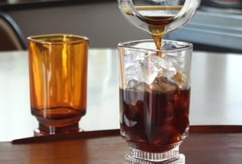 気分はおうちカフェ♪夏のドリンク・スイーツに合う涼しげなグラスとグッズあれこれ
