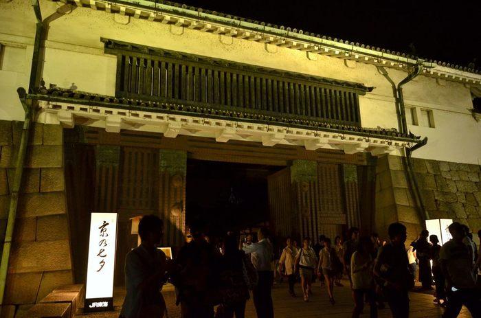 二条城を思う存分使ってのアートも、この「京の七夕」の見どころです。 世界遺産をイベントに取り込んでしまうなんて、京都ならではかもしれません!