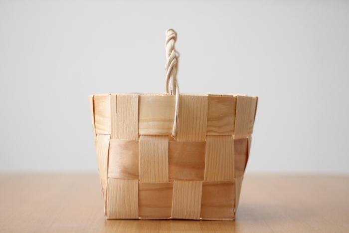 北欧の温かみのある収納。森の工芸品「白樺かご」で優しいお部屋に。
