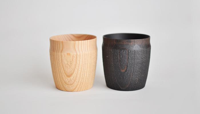 一点ずつ丁寧に手作りされている杉材の木製カップです。口に触れる部分は薄く滑らかな仕上げになっていて、使い始めには爽やかな杉の香りも楽しむことができます。