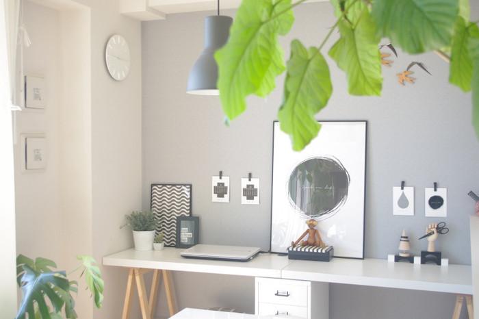 内装やインテリアと同型色の雑貨を選ぶことで、さらによく馴染みます。