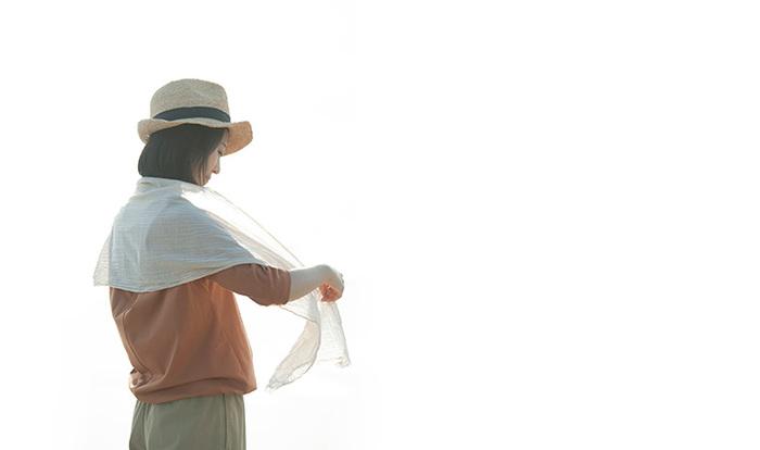 綿100%なので、汗ばむ夏にもおすすめ。どんなファッションにも、ナチュラルになじみます。