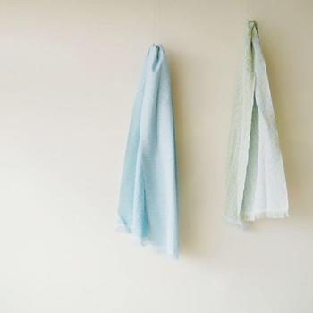 今治タオルの専門店とともに作った、コットン素材のタオルマフラー。