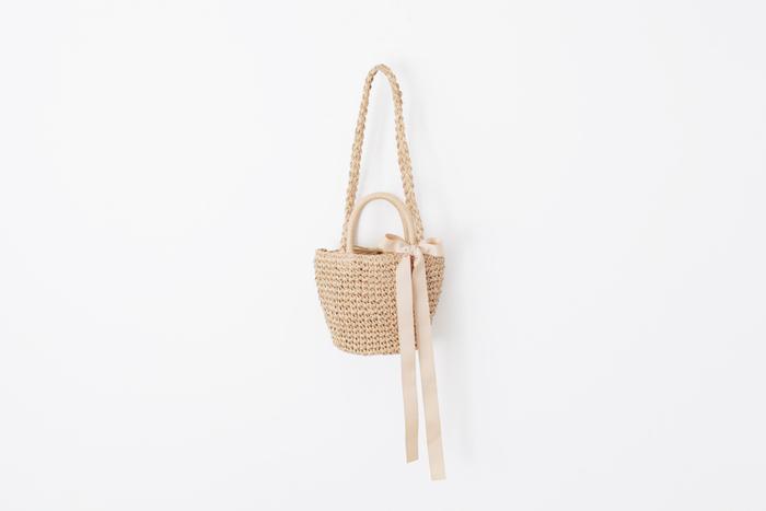 ラフすぎない上品なテイストが人気の「Bilitis(ビリティス)」のかごバッグ。
