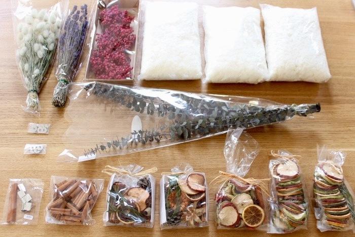 材料が多く用意するのが大変そうですが、蜜蝋とソイワックス以外は家にあるものが使えます。